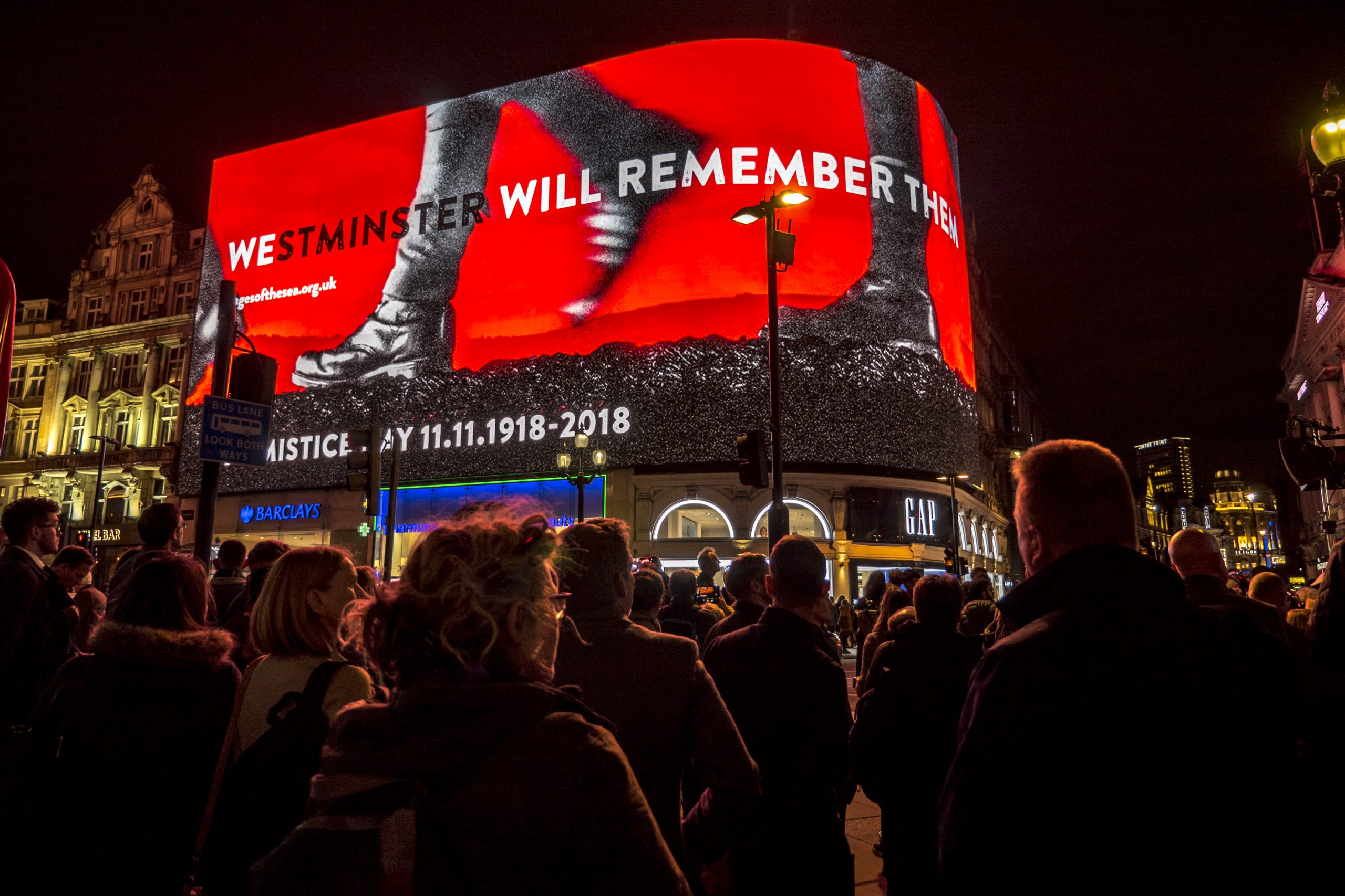 The WWI Armistice Tribute at Piccadilly Lights